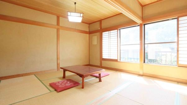 純和風の広々空間◆和室12畳◆