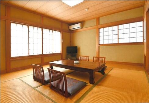 【富士城 定番の1泊2食付プラン】和室※1〜4名利用