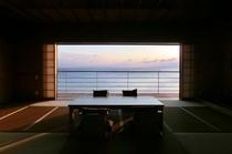 【伽藍スイート】白隠の間:220度の海展望