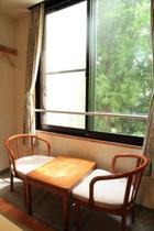 新館和室窓