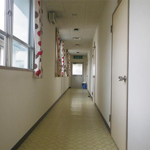 *【館内の様子/廊下】