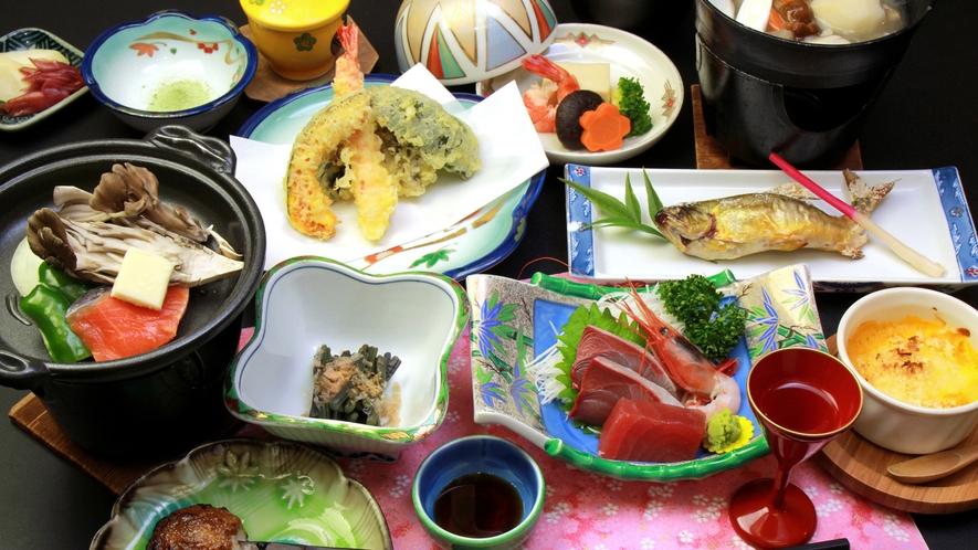 【會津の郷土料理】素朴な田舎料理ですが、お料理はなるべく地場産の食材でご用意いたしております。