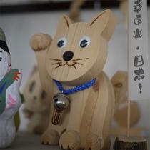 手作りの木の玩具
