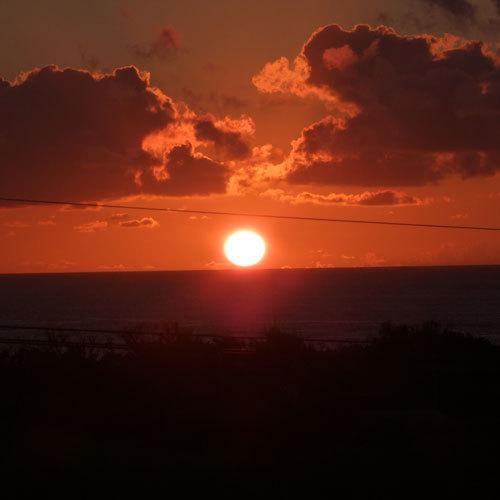 星砂荘屋上からの朝陽♪とてもきれいです!