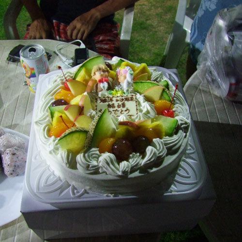 お祝いごとがあれば、ケーキを準備!(事前にご相談ください。)同宿の方で、お祝いすることも☆