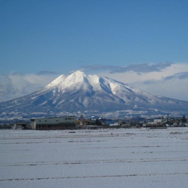 津軽富士  岩木山