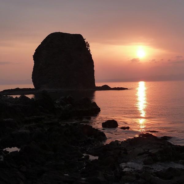 裸島  夕暮れ
