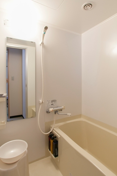 本館 部屋風呂 浴槽