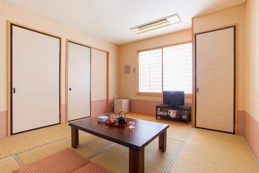 本館【8畳和室】ウォシュレット・洗い場付きお風呂・独立洗面所