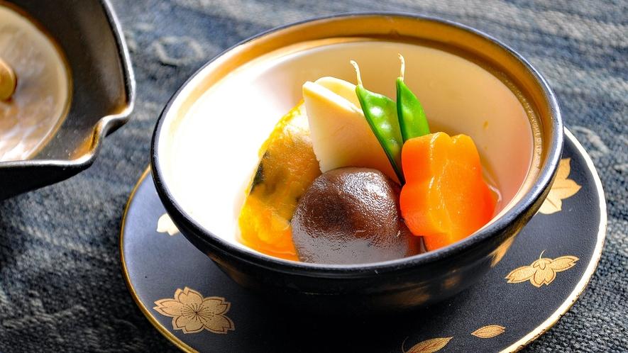 【季節の野菜煮】