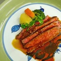 【国産和牛】その日の仕入れによって異なる食材を彩鮮やかに調理致します。