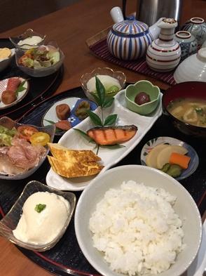 ◆朝食付◆食材持ち込みOK♪〜ログハウス・コテージ共通〜