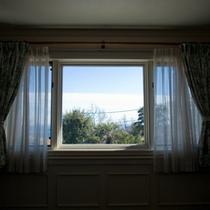 *窓の外には伊豆の大自然が広がります!
