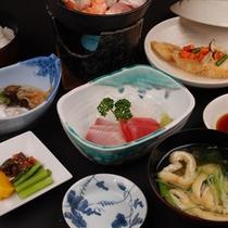 【日替わり和食御膳】ビジネス、得旅応援!ご夕食一例 (夕食受付時間 18:00〜20:00)