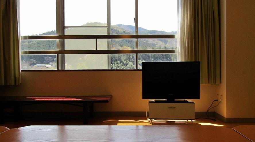 *【大部屋 和室30畳】白石川沿いに面した広々とした和室。人数の多い3世代ご家族やグループ旅行に♪