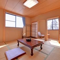 *和室6〜8畳(客室一例)/やさしい色調の和の趣を大切にしたお部屋。足を伸ばしてゆったりとお寛ぎ下さい。