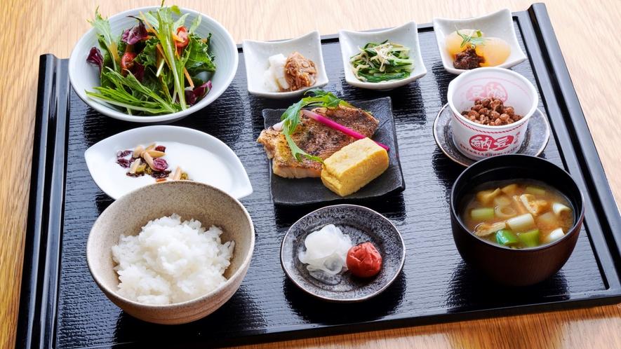 【朝食】ゴン・カフェ 和食膳