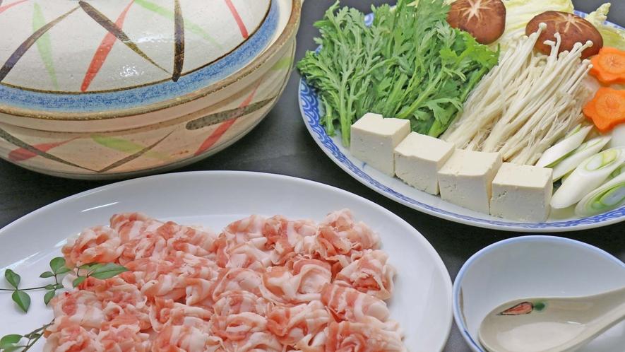 【夕食】ビジネスプラン用のしゃぶしゃぶ鍋!他、田舎家庭料理もご用意しております!