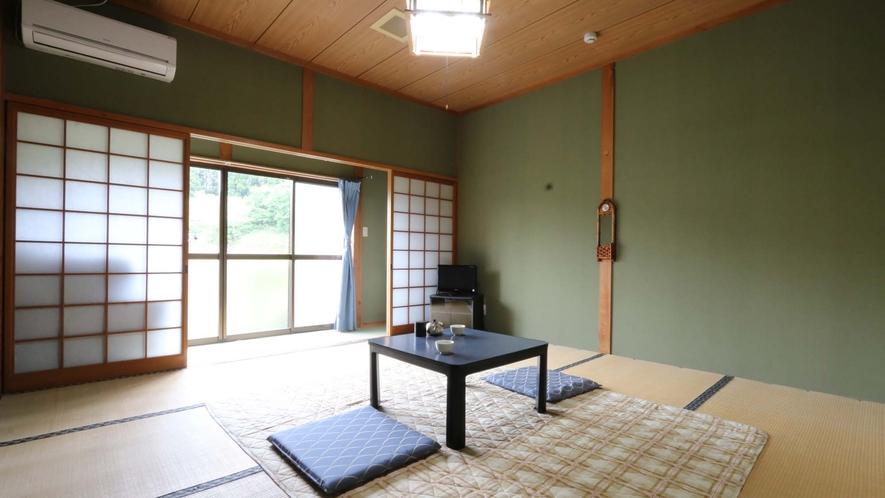 【お部屋】のどかな景色に囲まれた畳のお部屋です。