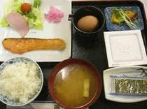 朝定食(500円)