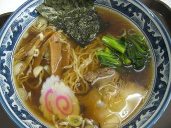 ラーメン(500円)