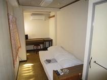 310号室(喫煙/アウトバス・トイレ)