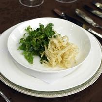 夕食一例(白魚のフリッター)