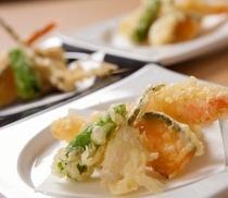 海老と季節野菜の天ぷら
