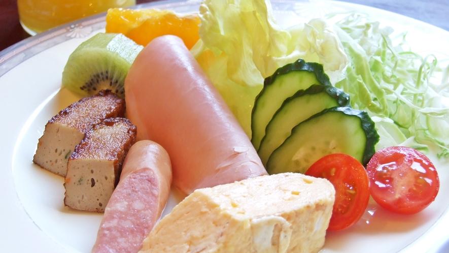 【朝食一例】栄養満点!しっかり食べて元気の源をチャージ♪