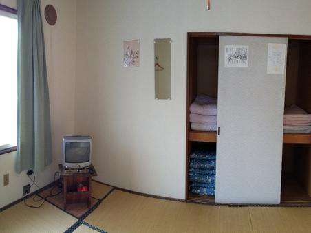 和室8畳間
