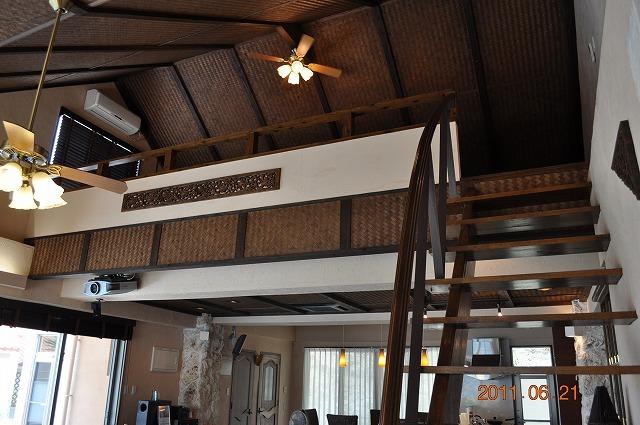 ジャカルタ竹で編みこんだ天井