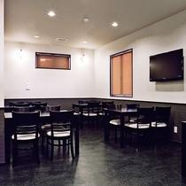 【レストラン】食事はお食事会場でご用意しております。