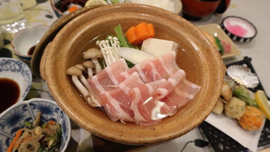 *【夕食一例】お鍋で温まりませんか♪