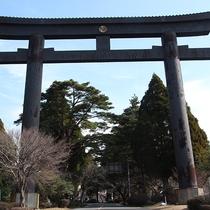 *【霧島神宮】高さ22.4m、柱の間隔は16mで西日本一