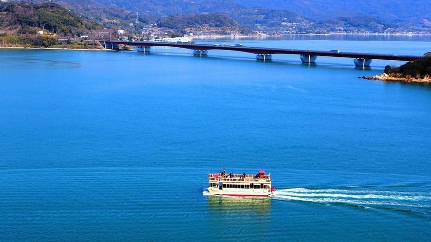 浜名湖遊覧船と東名浜名湖大橋