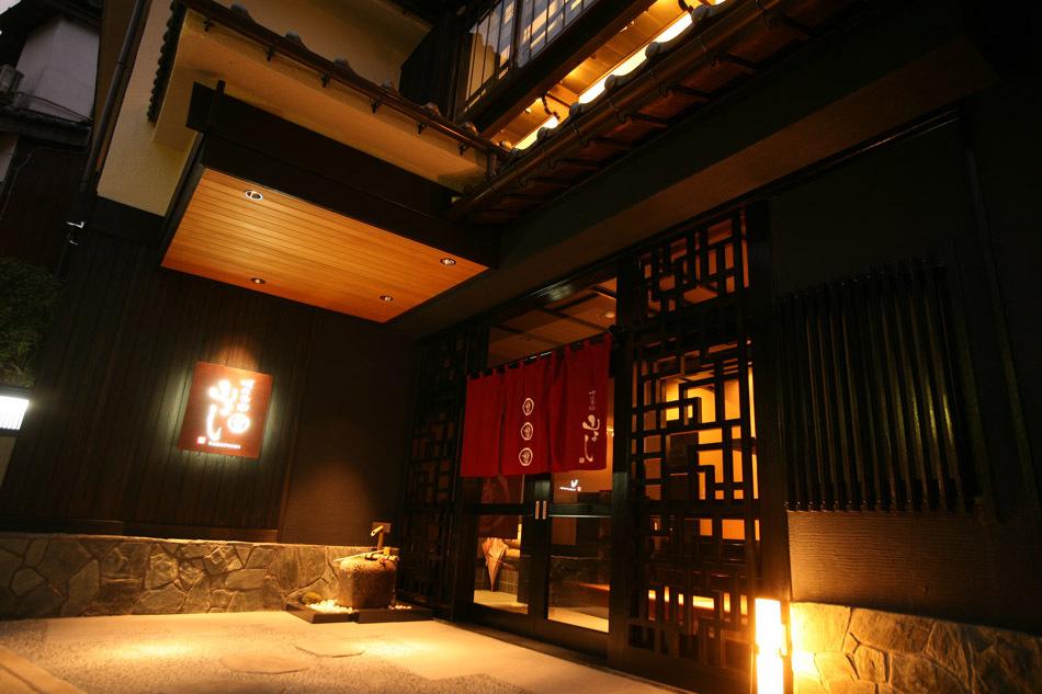 玄関夜景1