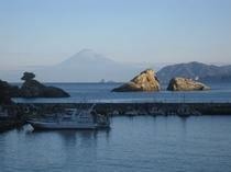 富士山と夫婦岩