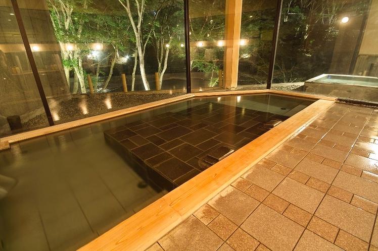 渓流の湯 大浴場内風呂 寝湯
