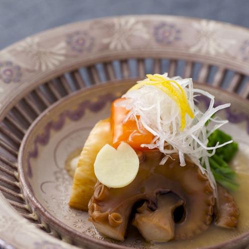 【2016冬のお料理(3月一例)】旨みがギュギュッと詰まった蛸のやわらか煮