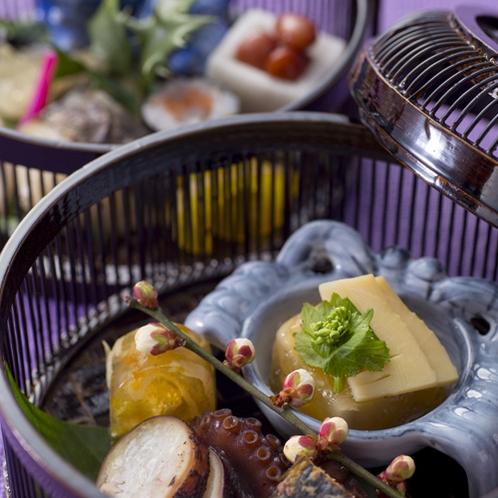 【2016冬のお料理(2月一例)】前菜も一品一品、真心込めて作っております。