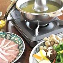 *【夕食一例】特有の臭みがない、かけがわフレッシュポークをお茶しゃぶしゃぶで♪