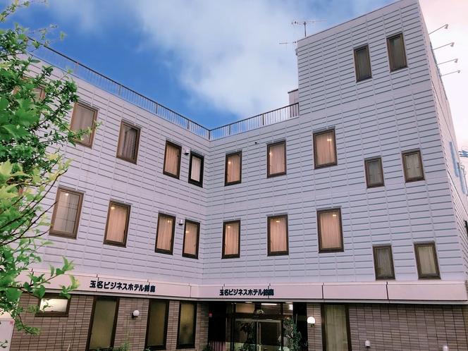 玉名ビジネスホテル鈴鹿 外観