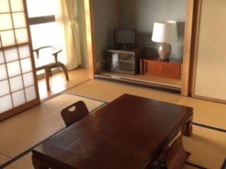 【8畳和室】レイクビューのお部屋