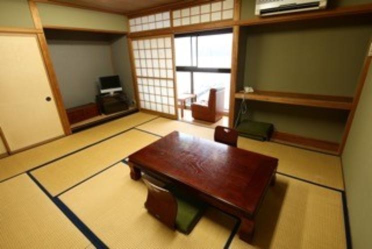 広々和室は、お子様も過ごしやすいですね♪