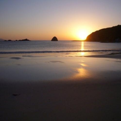 *【下田外浦海岸】夕暮れはまた素晴らしい風景をお楽しみ頂けます。