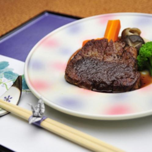 *【夕食例】一品一品お部屋でお楽しみ頂けます。