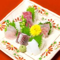 *お料理 お造り一例 季節を感じる鮮魚の刺身をお楽しみください。