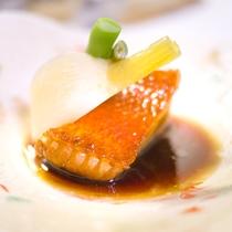 *お料理 魚料理 一例 甘みのあるカブとお魚を一緒にどうぞ
