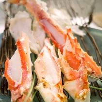 *特別料理 冬の味覚の王様 『蟹』 ふっくらと茹でた蟹の味をお楽しみください。