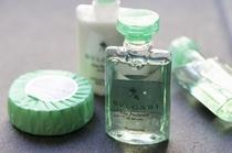 デラックスツインのアメニティは、爽やかな香りが印象的なBVLGARIを使用。